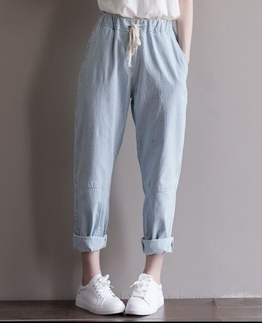 https://www.yesstyle.com/en/fancy-show-straight-leg-pinstripe-baggy-pants-blue-stripe-l/info.html/pid.1050798656##productAnchor